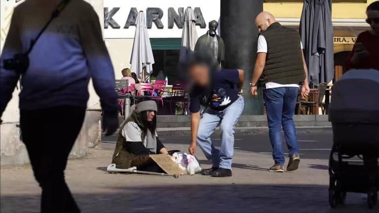 Turist šokirao u Zagrebu: Dao novac 'beskućnici' pa pozirao...