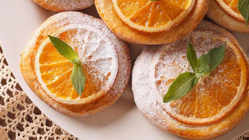 Sočan kolač od mandarina, soka od naranče i bijele čokolade