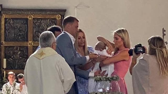 Neuer na hrvatskom krštenju: Postao je kum malenom Tinu