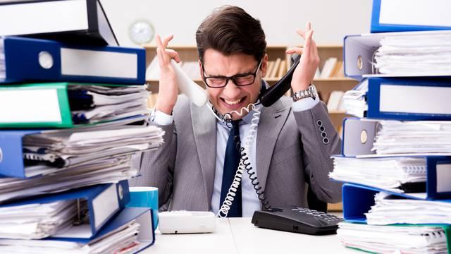 Zbog ovih grešaka mogli biste si uništiti reputaciju na poslu