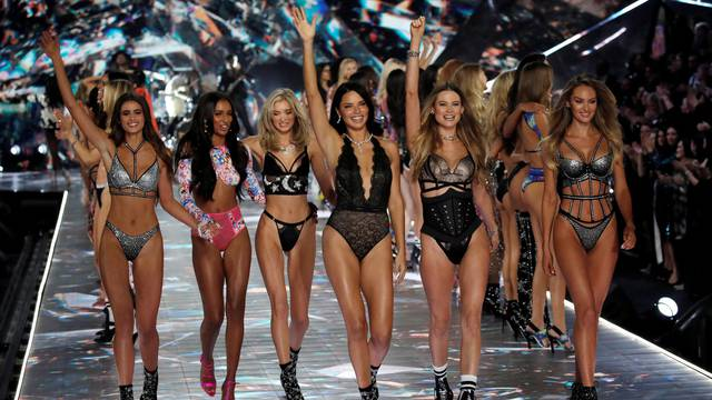 Model Adriana Lima walks with other models during the 2018 Victoria's Secret Fashion Show in New York City
