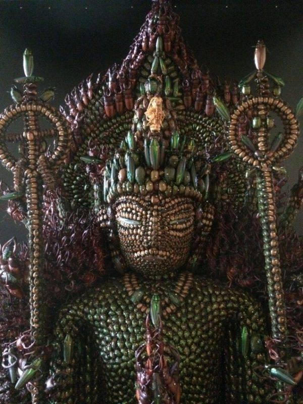Budina skulptura od buba