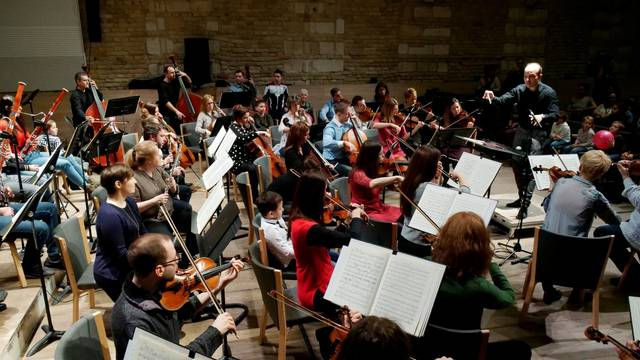 Conductor Hamori conducts the Danubia Orchestra during their concert in Budapest