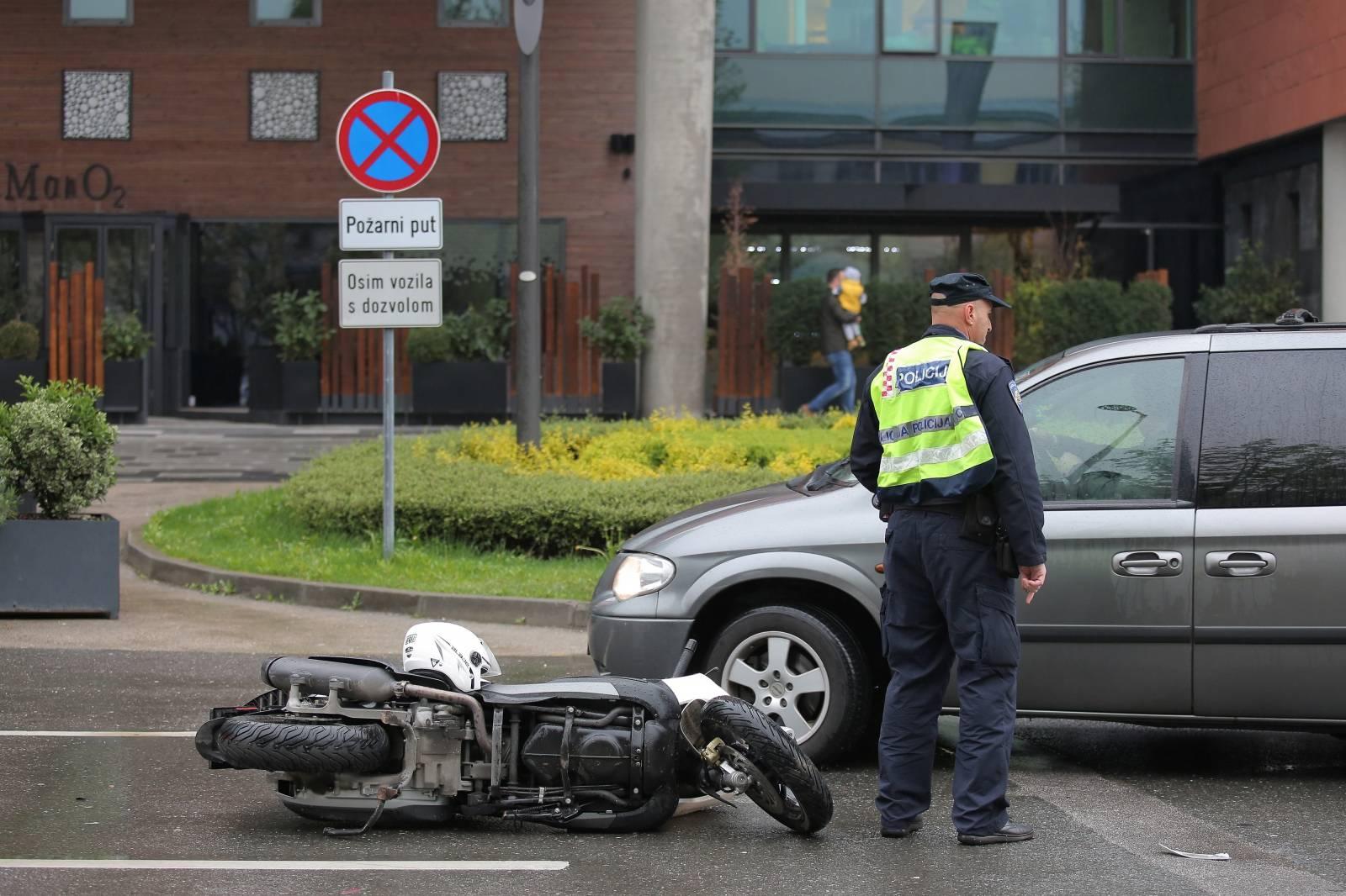Zagreb: Skuter, auto i pješak sudjelovali u prometnoj nesreæi u Radnièkoj