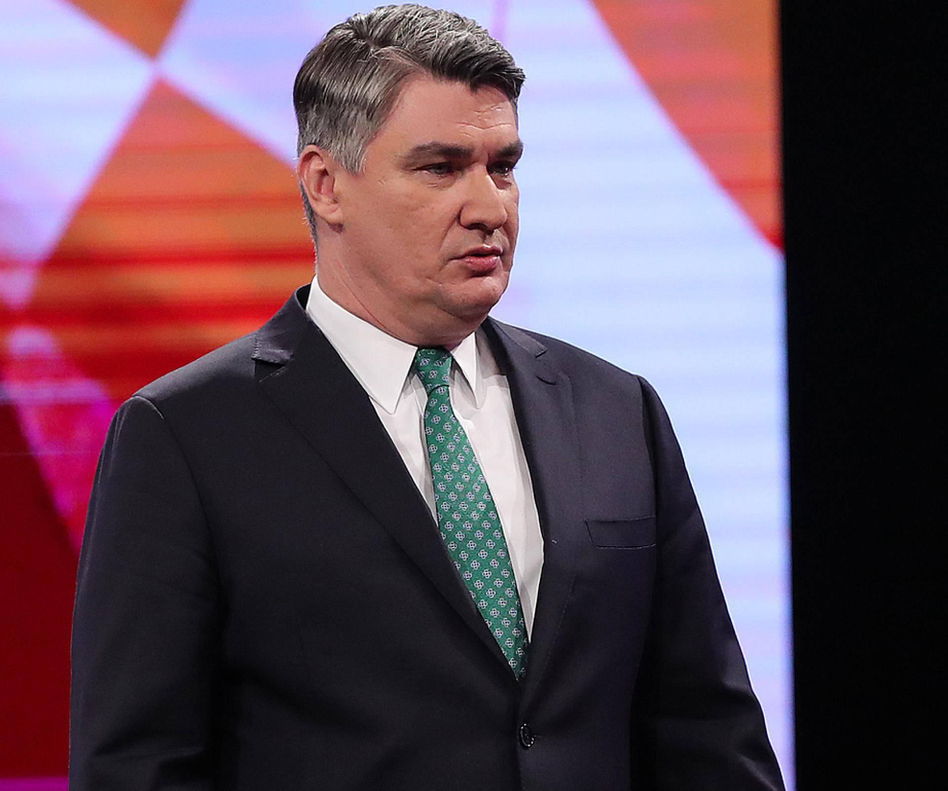 Nove izlazne ankete: Milanović dobio 53,22%, Kolinda 46,78!