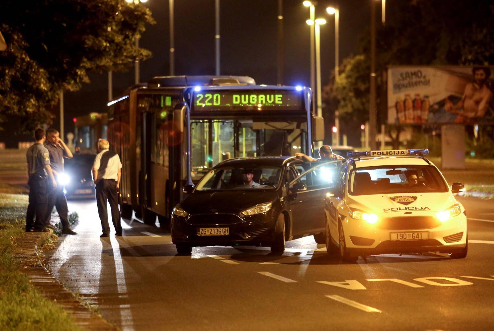 Incident u busu ZET-a: Vidio da ima škare pa zvao policiju
