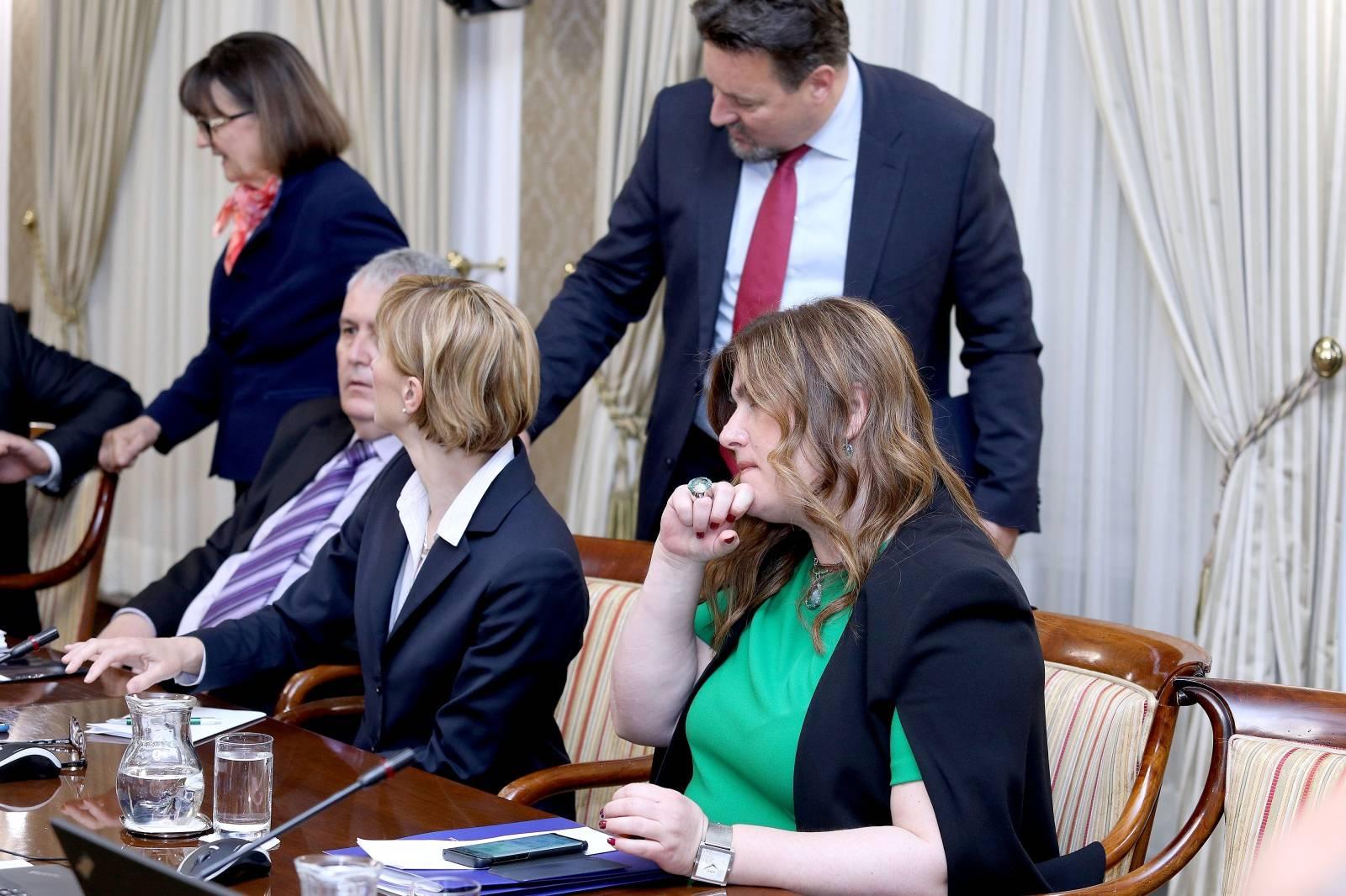 Zagreb: Na sjednici Vlade RH, između ostaloga, raspravljano i o strategiji upravljanja javnim dugom