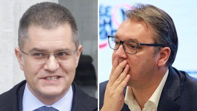 Nije slikovnica: Vuk tuži Vučića