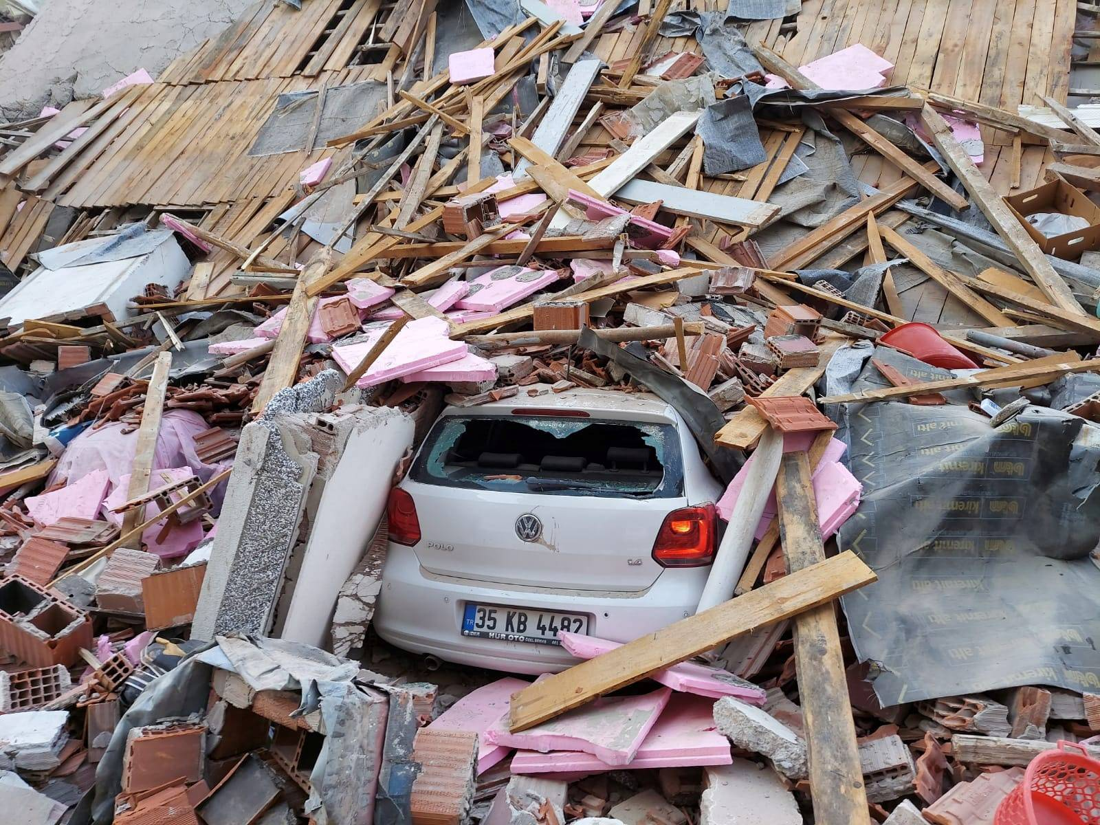 A building collapsed after a strong earthquake struck the Aegean Sea where some buildings collapsed in the coastal province of Izmir