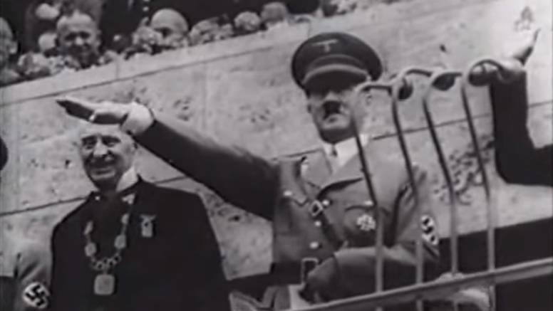Hitler, Owensova zlata, skandal  na nogometu i naci propaganda