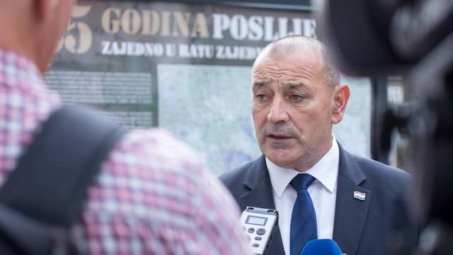 """Rijeka: Na Korzu otvorena izložba """"25 godina poslije"""""""