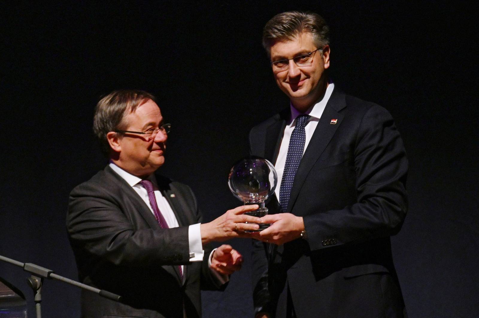 "14. Presentation of the ""Steiger Award""."
