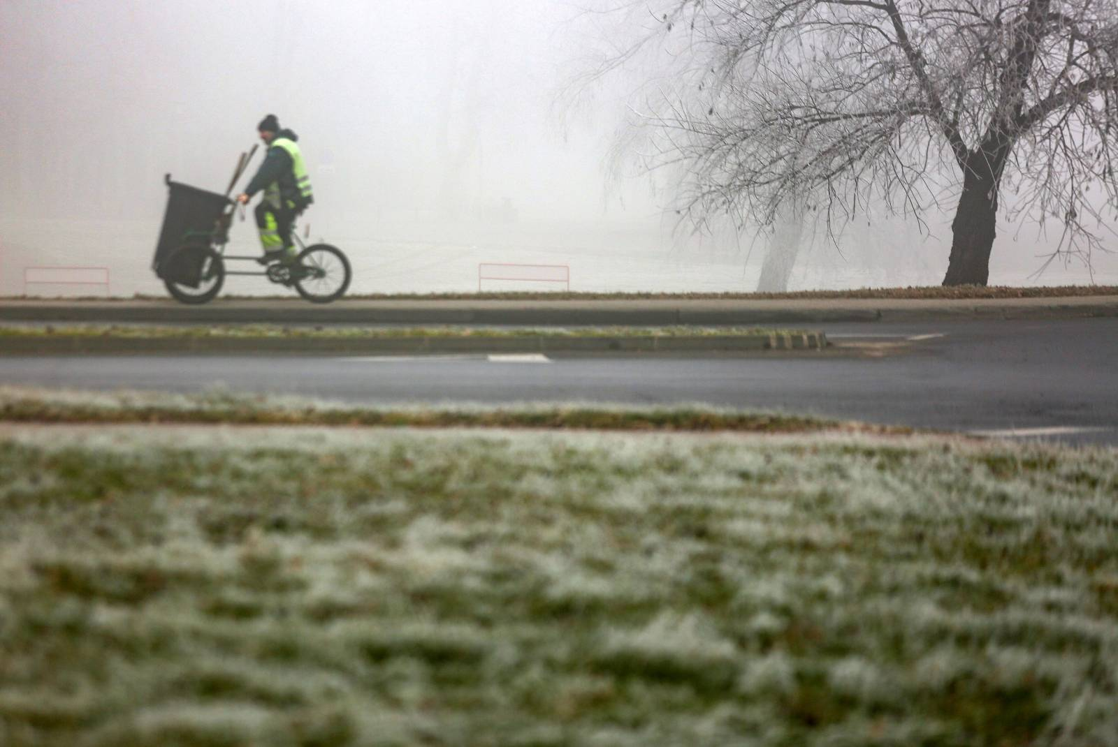 Maglovito jutro u Zagrebu