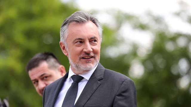 Zagreb: Miroslav Škoro održao završnu konferenciju za medije prije izborne šutnje