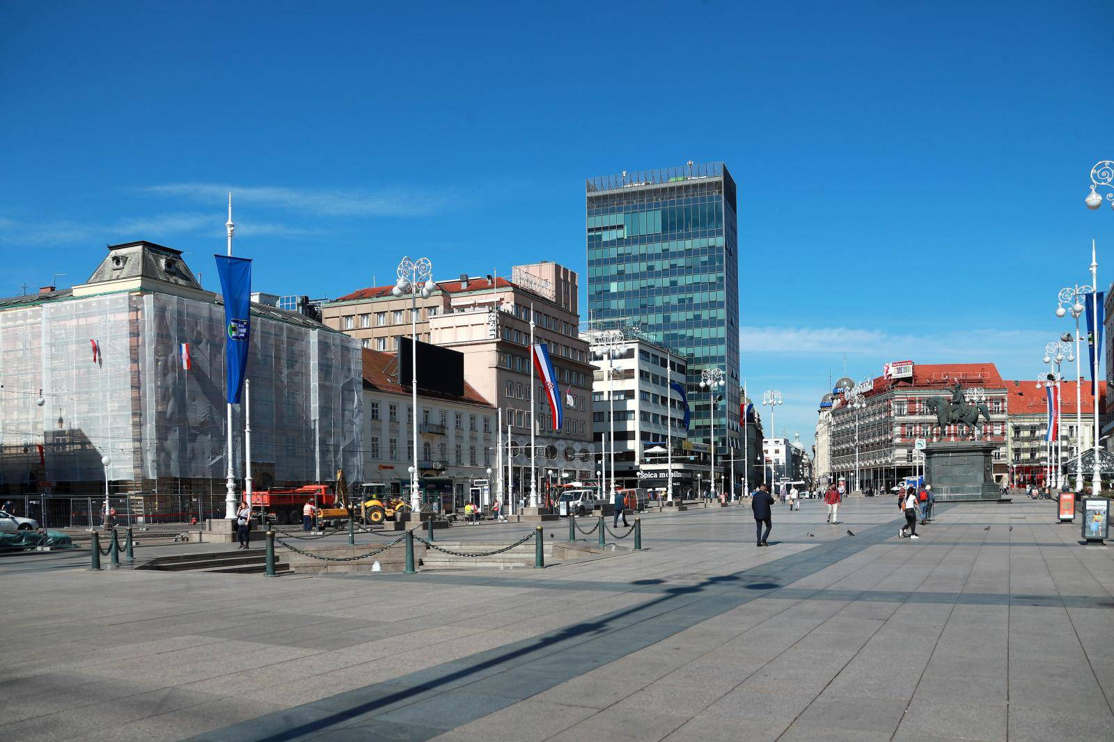 Zagreb: Jutro u centru grada obilježilo toplo i sunčano vrijeme