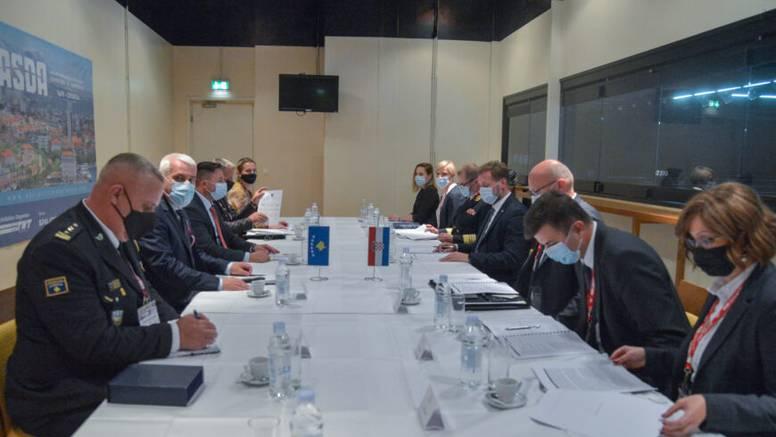 Ministri s Kosova upoznali ministra Banožića s trenutnom sigurnosno-političkom krizom