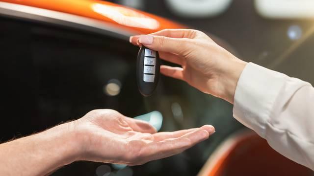U Hrvatskoj aute prodaju bez kontakta i do 20 posto jeftinije