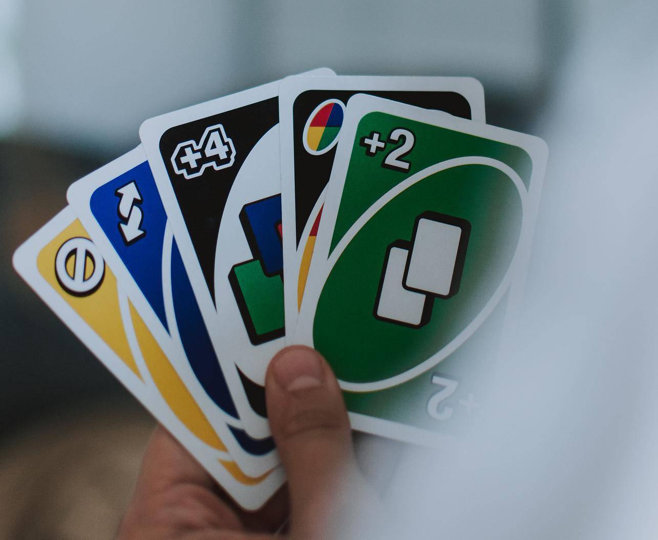 Godinama Uno igramo krivo? Na +2 ne smijemo staviti +2