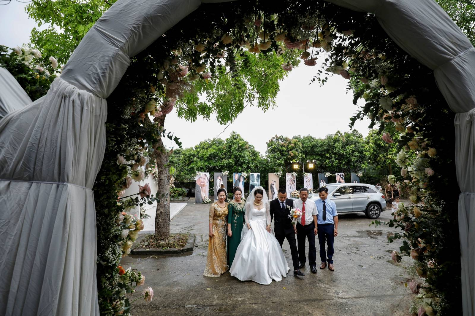 Wedding after the Vietnamese government eased the nationwide lockdown for the coronavirus disease (COVID-19) outbreak in Hanoi, Vietnam