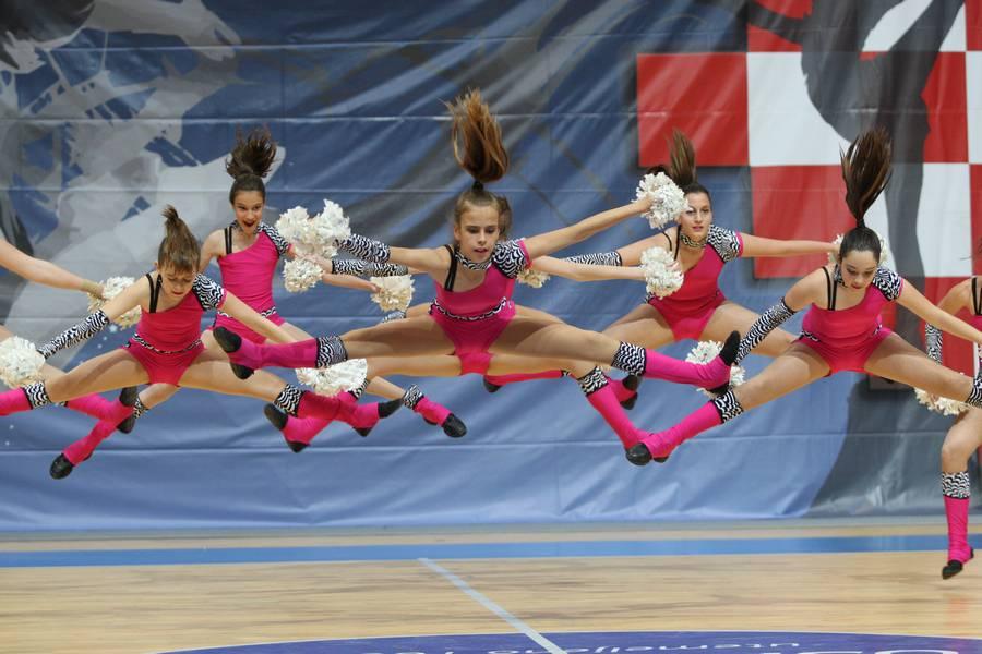 Novi sport: I cheerleadersice se pripremaju za Olimpijske igre...