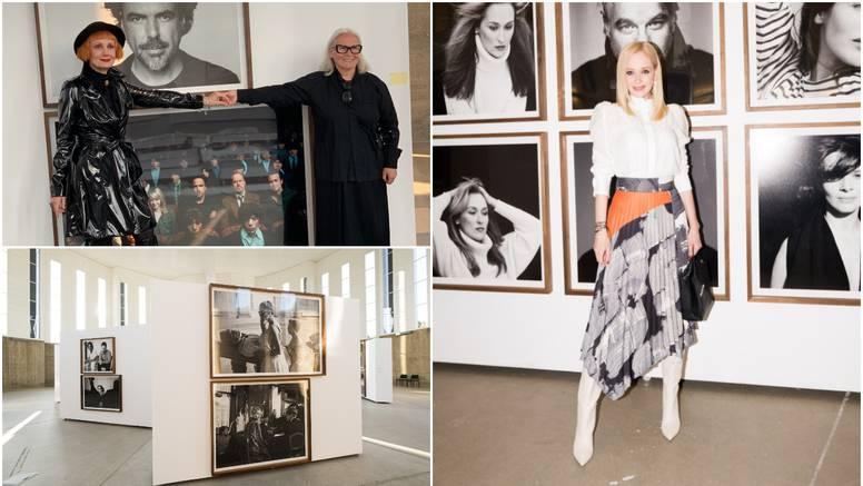 Izložba privukla celebrityje, a Lisac se družila s umjetnicom