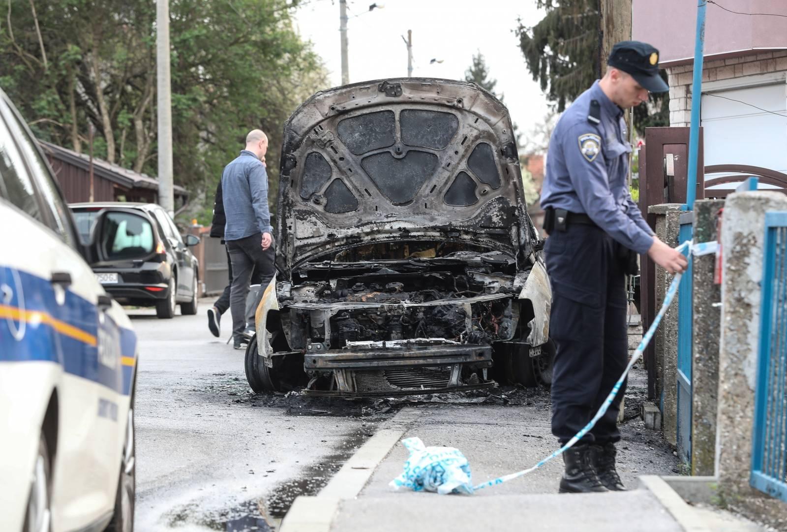 Zagreb: U Savskoj Opatovii izgorio osobni automobil