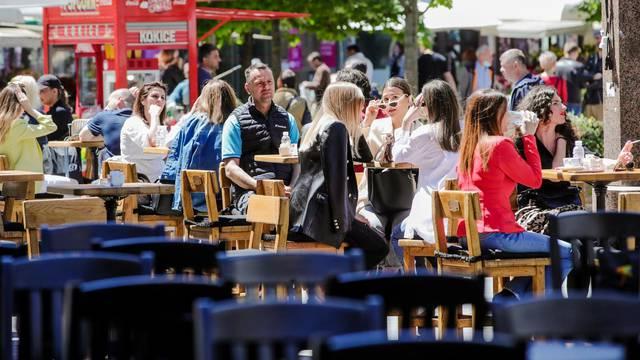 Zagreb: Lijepo vrijeme uz visoke temperature polako vraća staru sliku grada