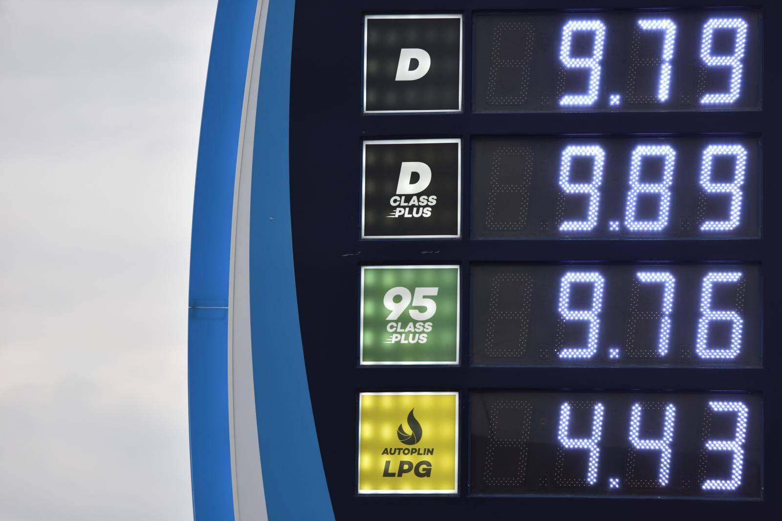 Ponovno porasle cijene goriva: Dizel je  sad skuplji od benzina
