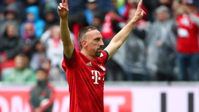FILE PHOTO: Bundesliga - Bayern Munich v Hannover 96
