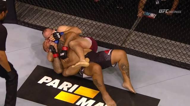 Majstor gušenja 'ugušio' Hunta na prvom UFC-u u Rusiji ikada