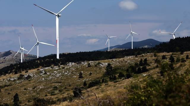 Plaćali ljudima da troše struju: Obnovljivi izvori srušili cijene