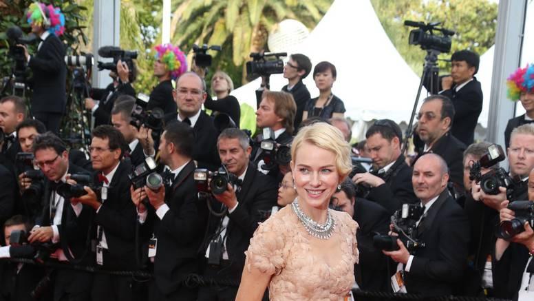 Cannes: Ocijeni styling Jackie Chana, Eve, Jessice, LMFAO...