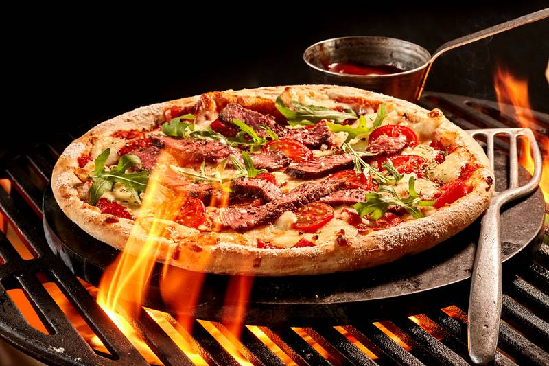 Francuska pizza koja se peče na roštilju - hrskava, sočna, prefina