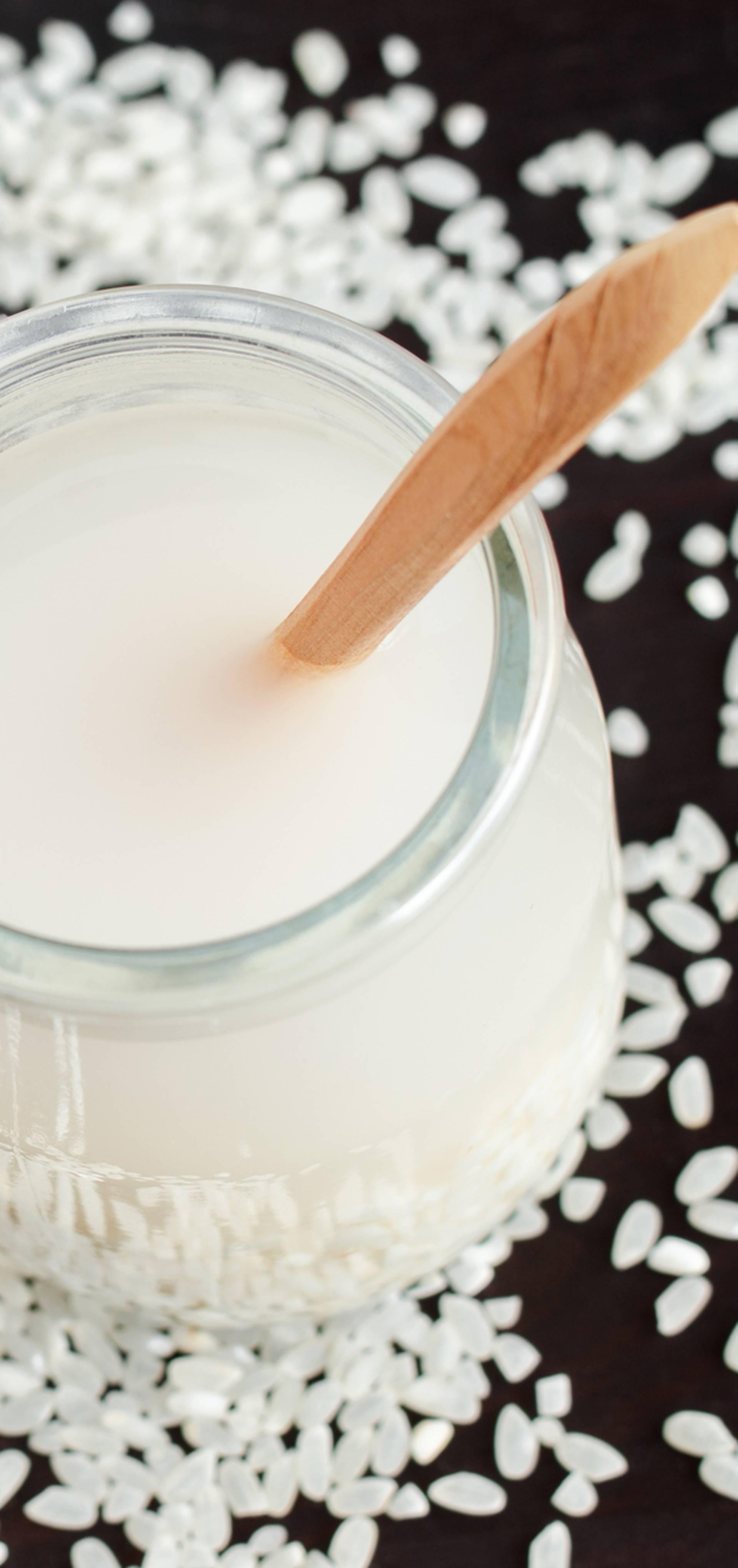 Rižina voda: Instagram hit za obnavljanje oštećene suhe kose