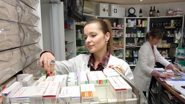 Dopunsko koje pokriva lijekove s B liste jeftinije je nego HZZO