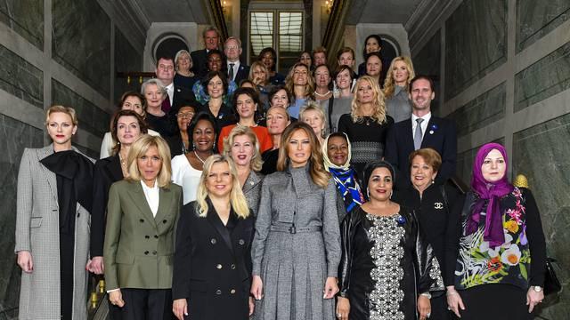 Déjeuner des conjoints de chefs d'Etat et de gouvernement présents à la cérémonie internationale du centenaire de l'armistice de 1918 au château de Versailles