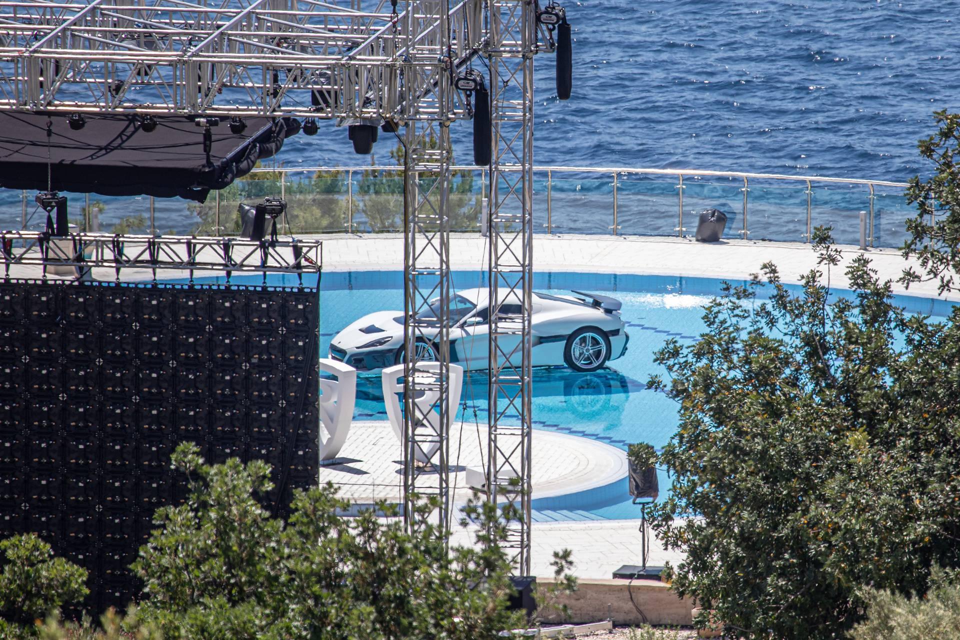 Bogataši su došli u Dubrovnik pogledati  Rimčevu 'Neveru'
