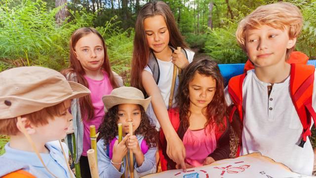 Top 10 ideja za ljetne aktivnosti s klicima: Piknik, gađanje balonima, bojanje kamenja...