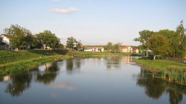 Uginule ribe u Bosutu: Redari još procjenjuju nastalu štetu