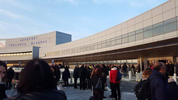 Sigurnosna prijetnja: Jutros je evakuiran aerodrom Toulouse