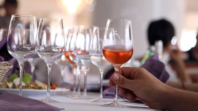 Ocjenjivanje naših ružičastih vina: Otkrijte čiji je rose najbolji