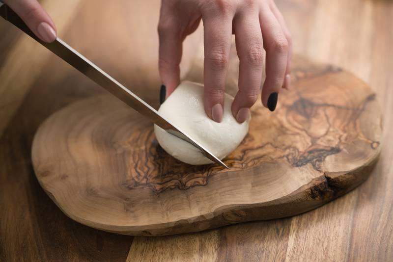 Napravite mozzarellu kod kuće, jednostavno je i brzo gotovo