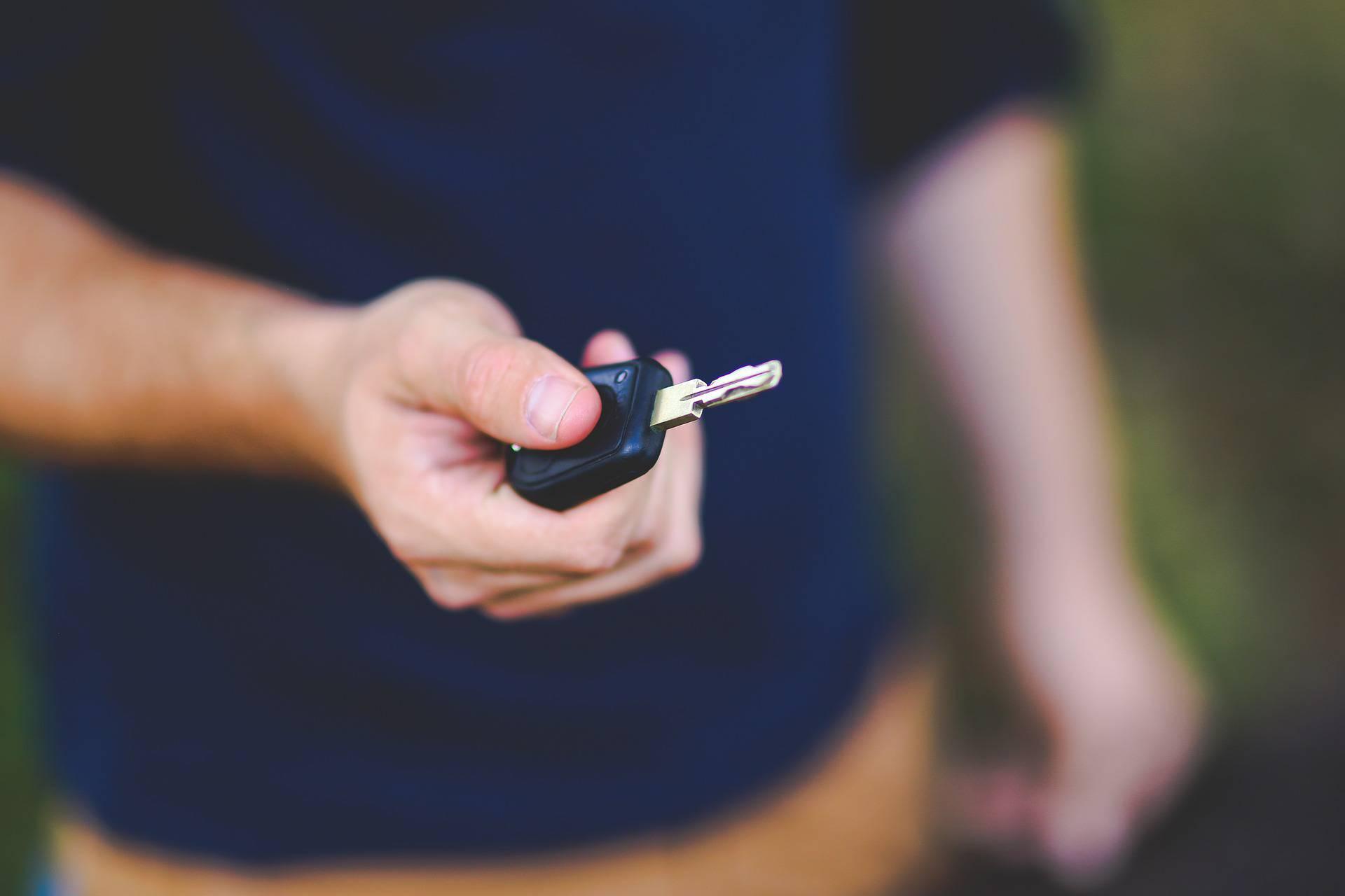 Zaboravite na ključeve: Aute ćemo otključavati telefonima