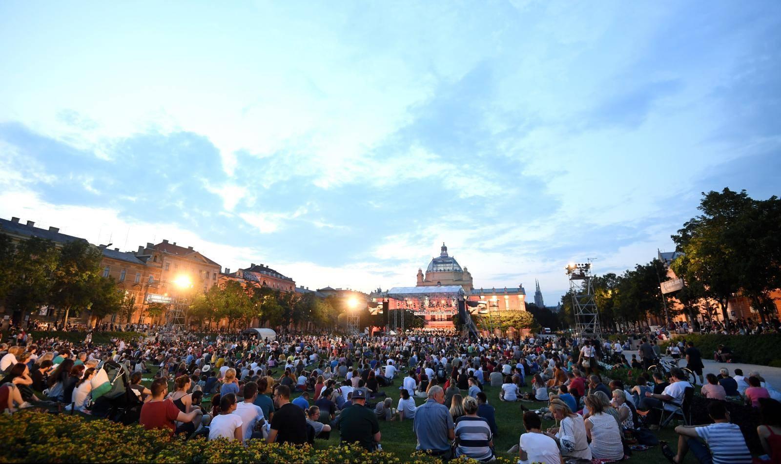 Koncert  Simfonijskog orkestra HRT-a na Trgu kralja Tomislava u sklopu programa Zagreb Classic