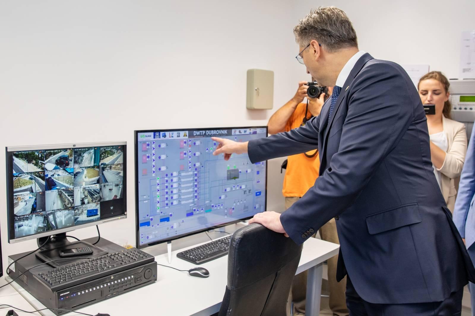 Premijer Plenković pustio u rad pročistač u Komolcu