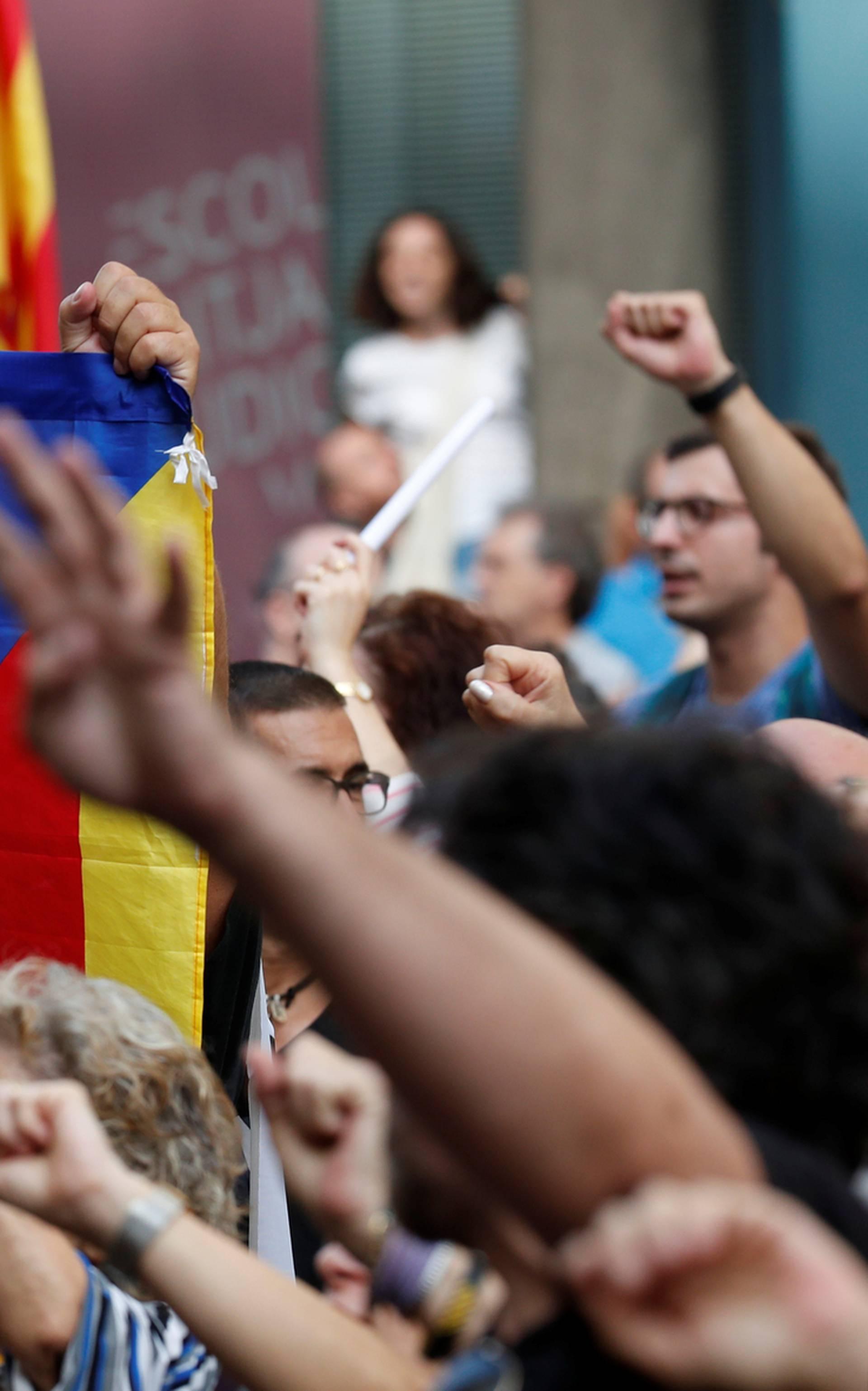 Osuđeno devetero katalonskih dužnosnika na zatvorske kazne