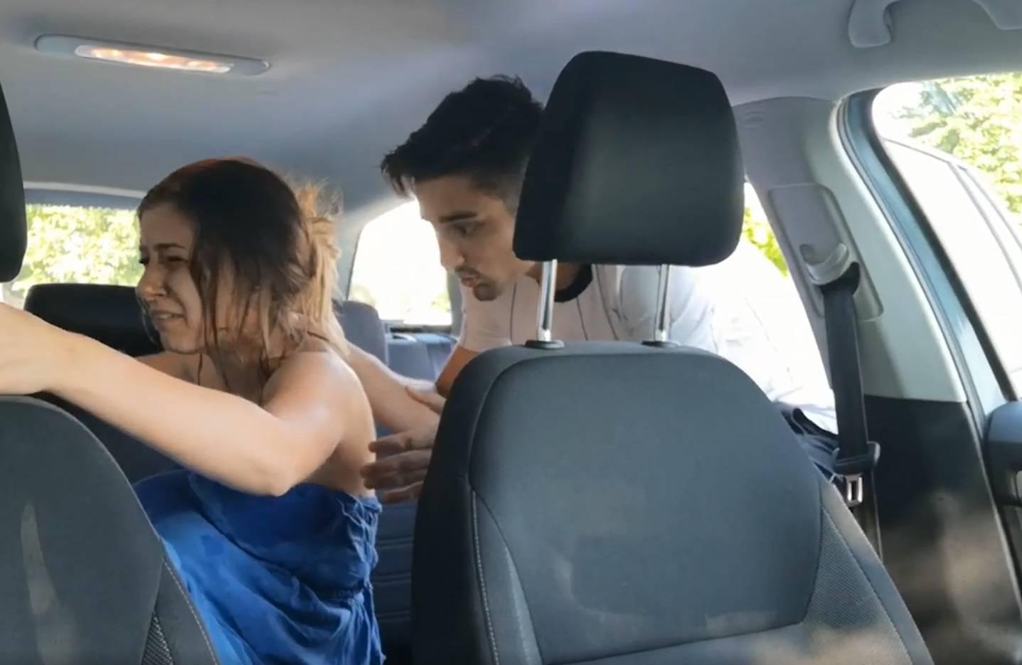 Pjevaču priredili pravi horor: Porađao trudnicu u automobilu