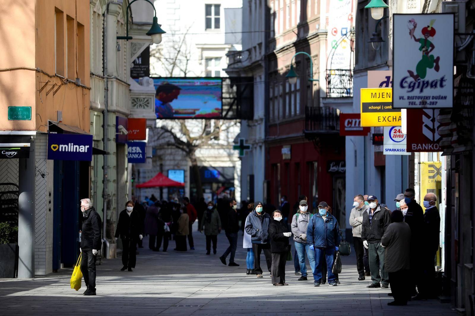 Sarajevo: Umirovljenici danas pa sve do kraja tjedna mogu po svoje penzije