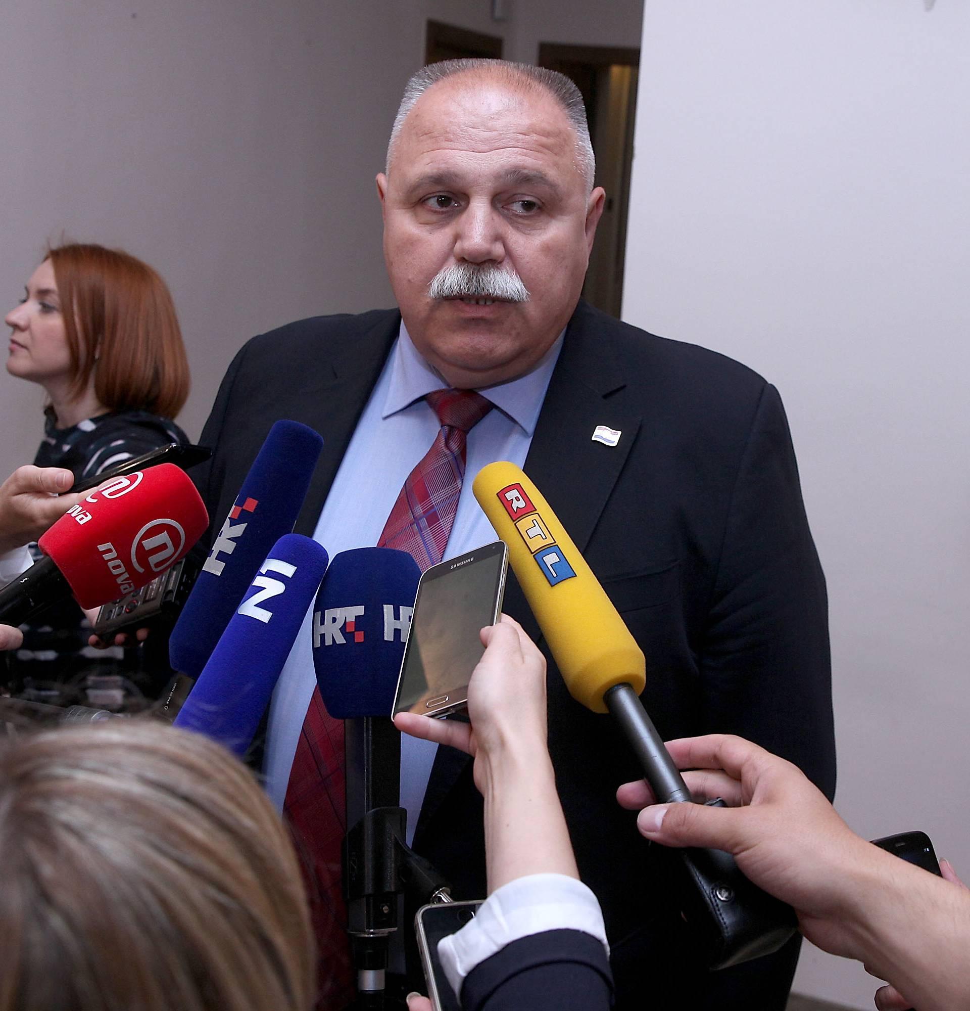 Šuker: Hrvatska će u petak imati deset ustavnih sudaca