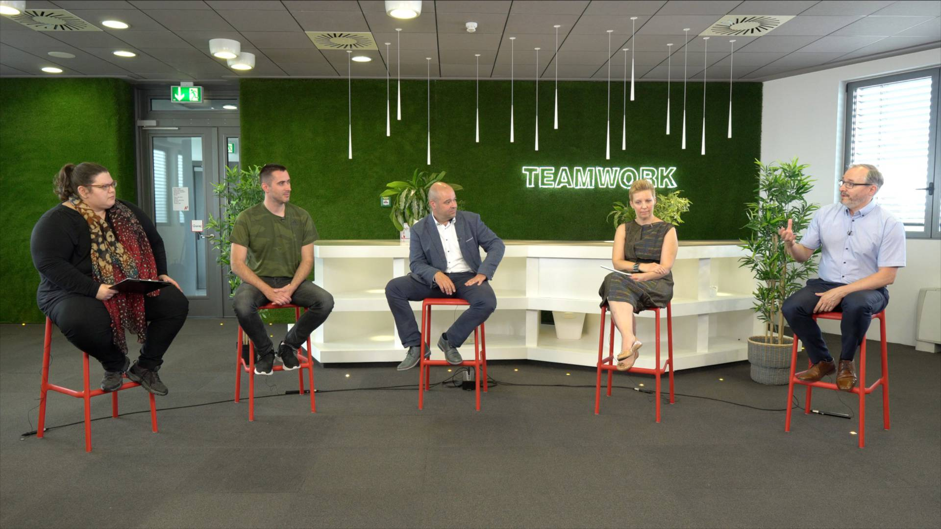 Vedrana Pribičević (ZŠEM), Matija Kopić (Gideon Brothers), Tomislav Makar (A1), Tatjana Skoko (Microsoft), Damir Sabol (Photomath)